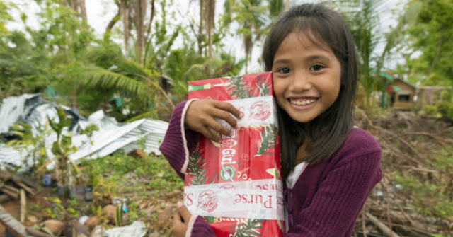 14 Years Ago She Received A Gift Through A Charity, And She Finally Tracked Down The Boy Who Sent It