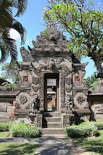 Perkembangan Ajaran Hindu di Indonesia lengkap