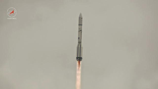 foguete russo antes do desastre
