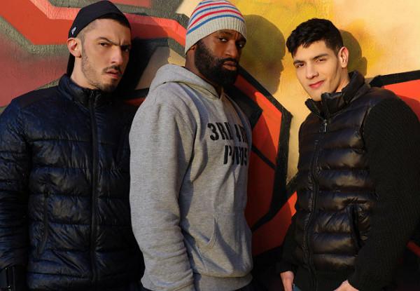 Ericvideos – Bastian Karim, AmarXL & Juan Florian – Bastian get filled by 2 dudes – Bareback
