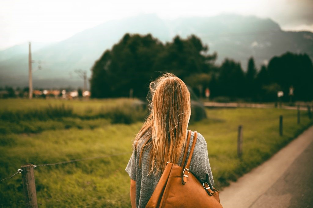 Đi du lịch xả stress và quên bị nỗi buồn