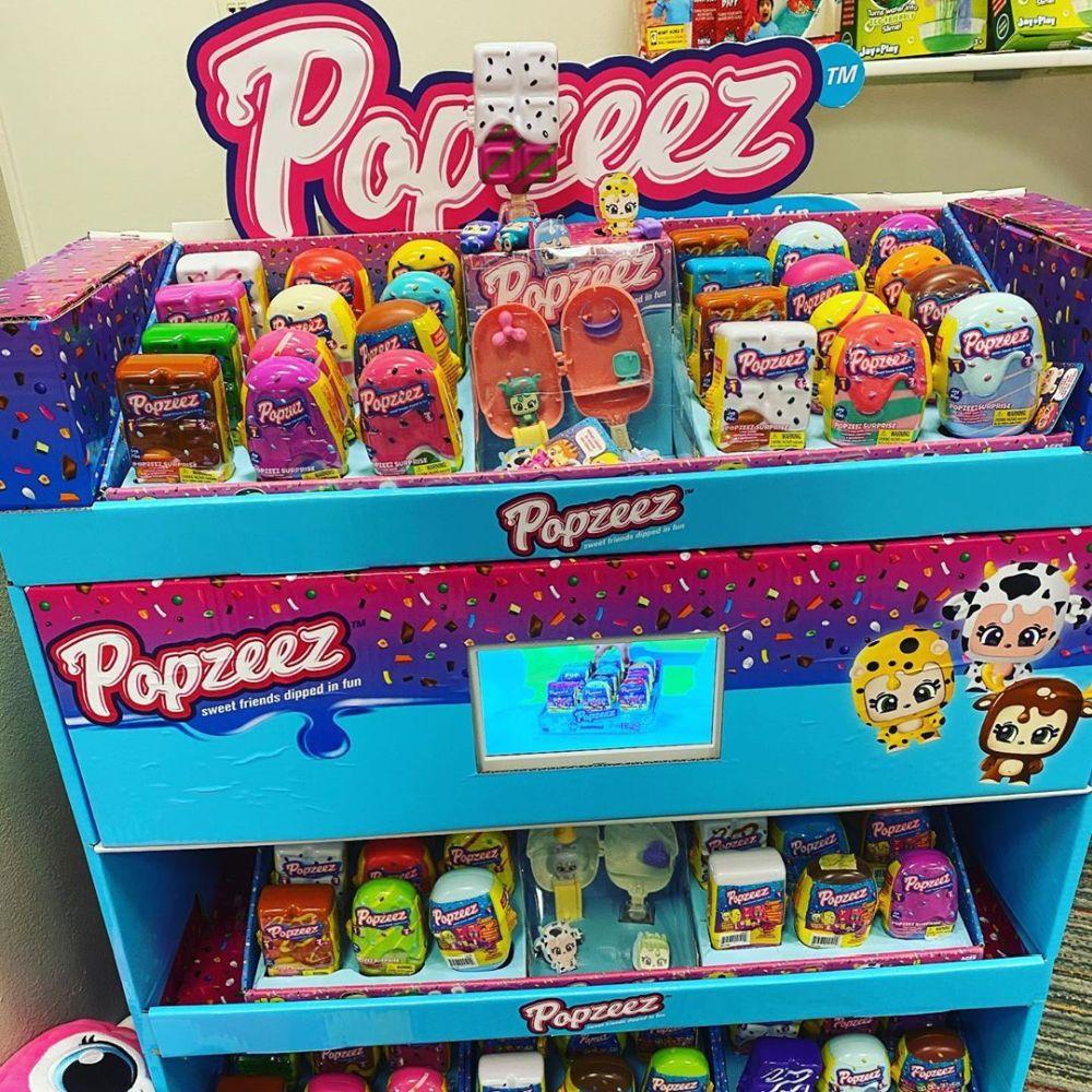 Сюрпризы в пломбире на палочке Popzeez новинки игрушек 2020