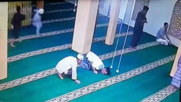 Viral Pengurus Masjid di Tanjungbalai Meninggal Saat Sujud