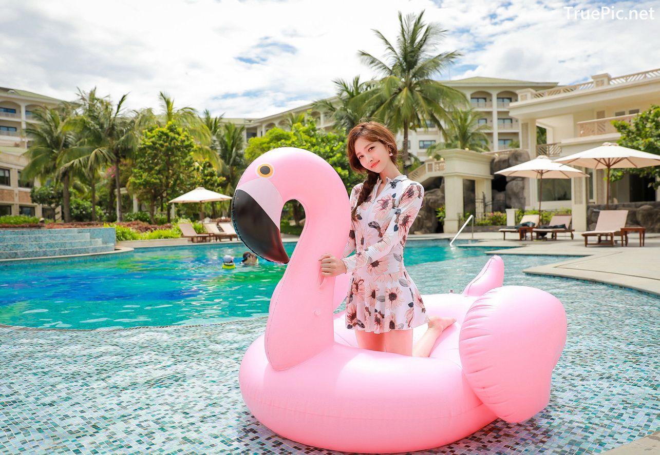 Image Korean Fashion Model - Kim Hee Jeong - Pink Fantasy Flamingo Swimsuit - TruePic.net - Picture-1