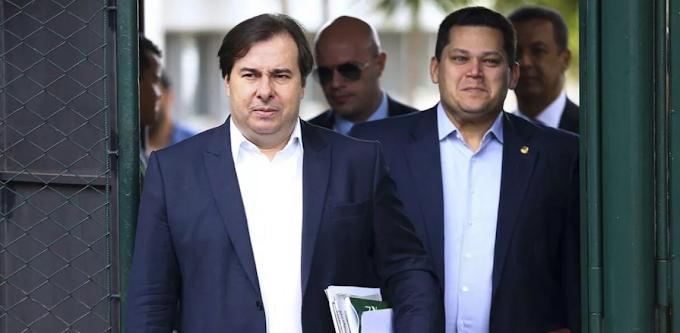 STF proíbe reeleição de Maia e Alcolumbre na Câmara e no Senado