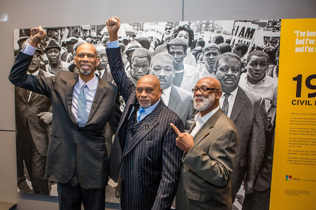 Dr. Tommie Smith (center) and Dr. John Carlos (right) both accepted Newseum Free Expression Awards for their protest on the medal podium at the 1968 Summer Olympics.