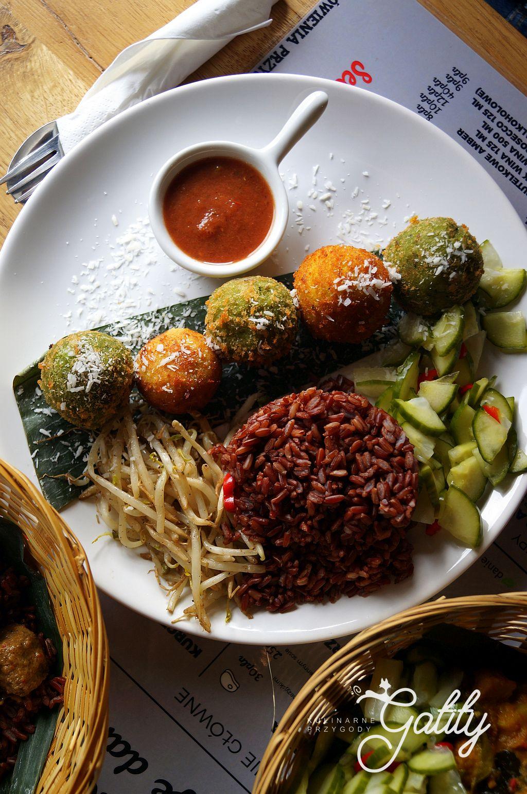 Warung Jakarta Indonezja W Warszawie Kulinarne Przygody