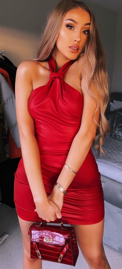 Red faux leather knot dress | Find sexy valentines day clothes and valentines day fashion. 31+ Cute Valentines Day Outfits for Every Type of Date. Valentine style via higiggle.com #valentine #fashion #outfits #love