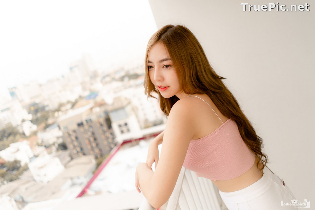Image Thailand Model - Champ Phawida - Pink Crop Top and White Short Pants - TruePic.net - Picture-15