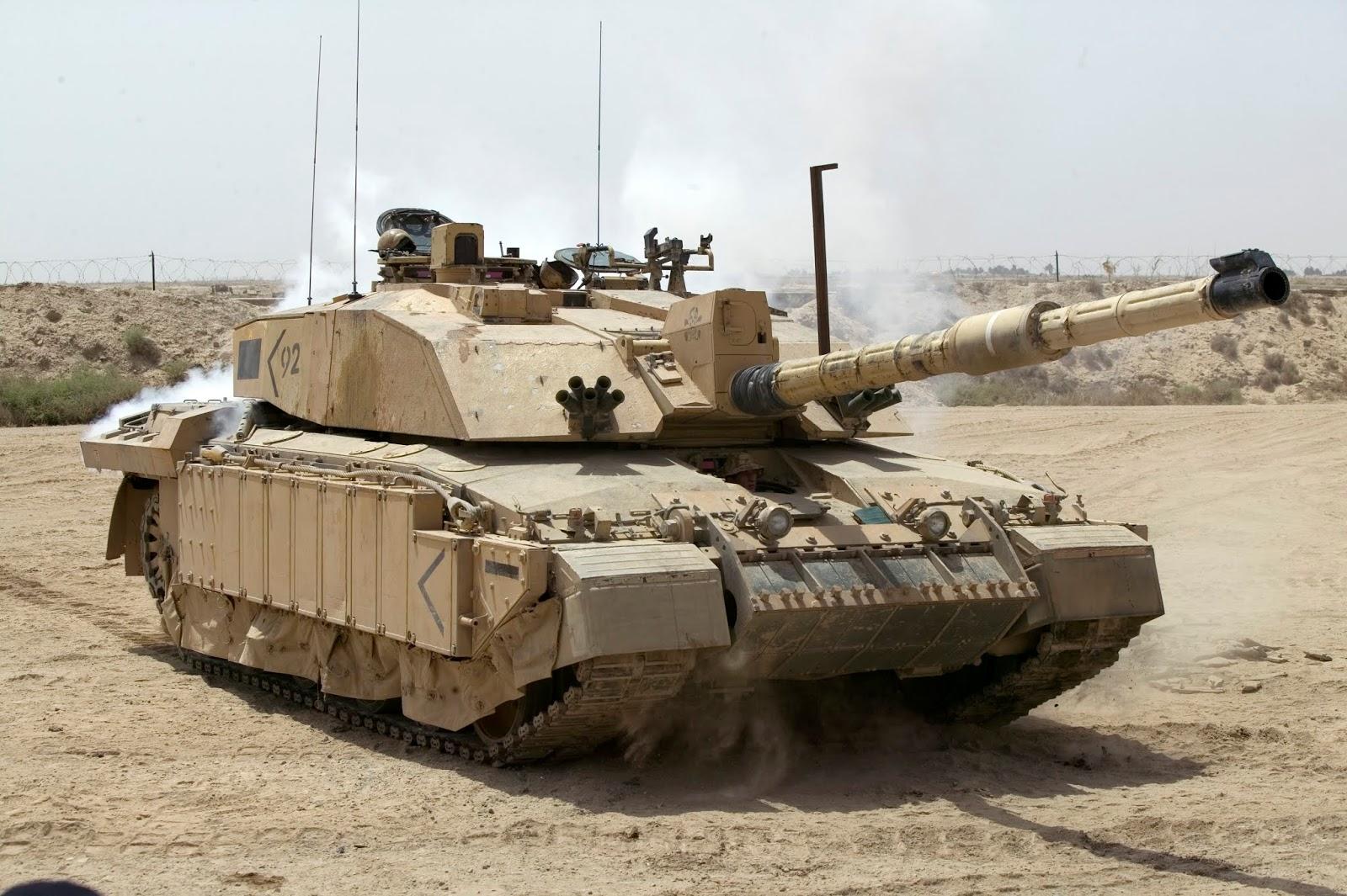 Challenger_2_Main_Battle_Tank_patrolling_outside_Basra%252C_Iraq_MOD_45148325.jpg