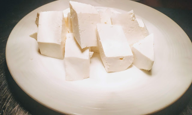 Diamond shaped paneer pieces for chilli paneer recipe