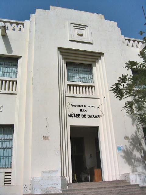 LE MUSÉE D'ART AFRICAIN THEODORE MONOD : Art, artisanat, culture, tourisme, LEUKSENEGAL, Dakar, Sénégal, Afrique