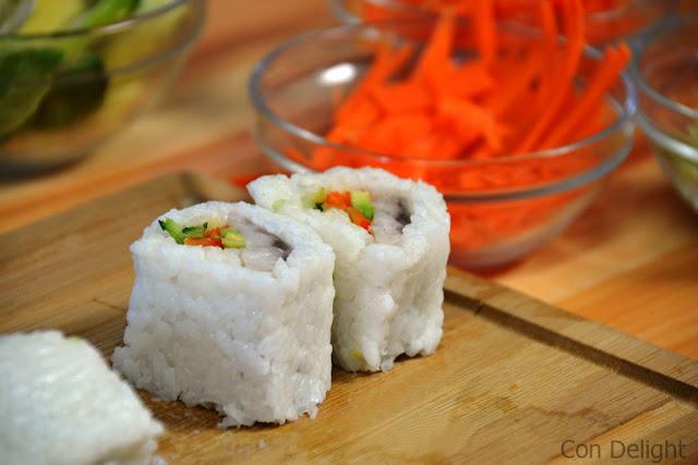 גלילות סושי sushi rolls