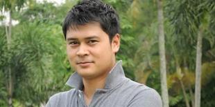 Biodata Iqbal Pakula