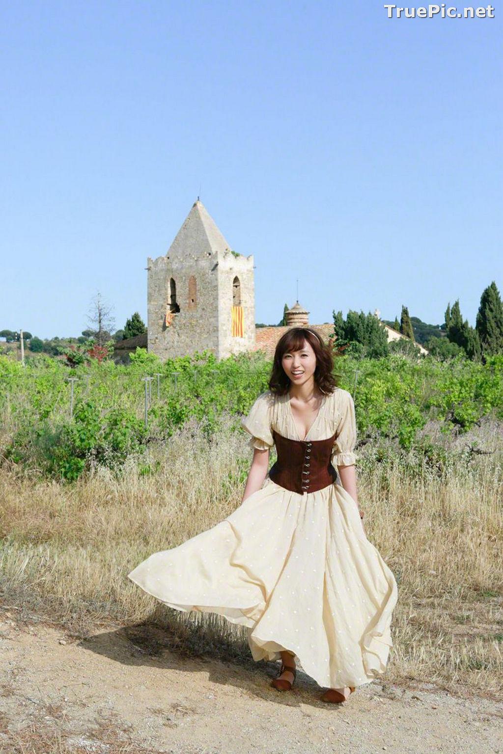 Image Wanibooks No.125 – Japanese Gravure Idol and Singer – Risa Yoshiki - TruePic.net - Picture-7