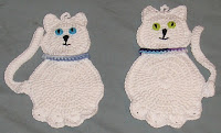 https://winnieswishauction.blogspot.com/2016/08/item-140-white-kitties-hot-pad-set.html