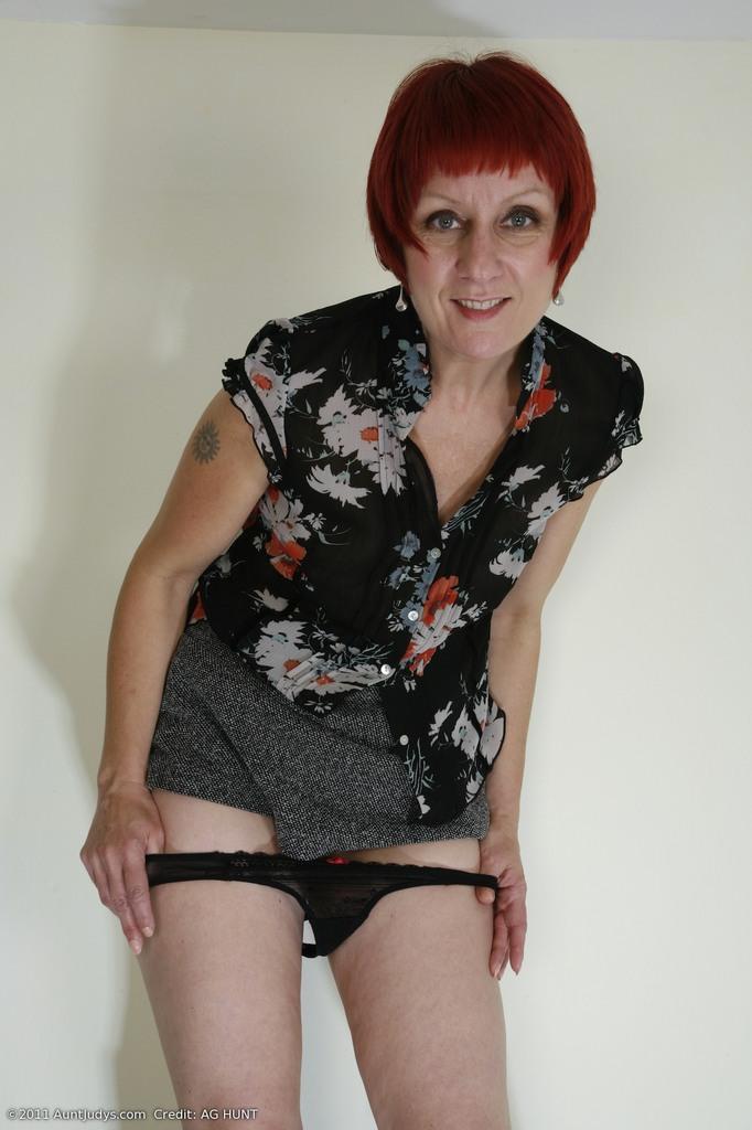Desiree de luca takes black cock in front of son - 4 4