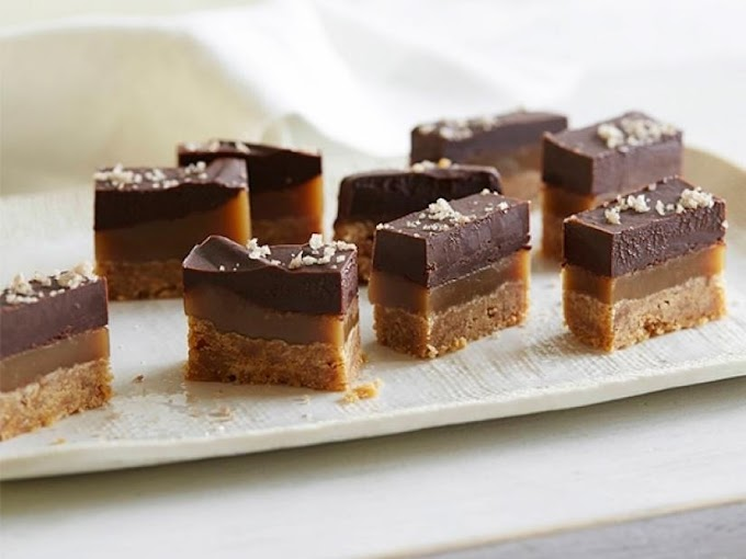 Espresso Caramel Shortbread Bars #desserts #cakerecipe #chocolate #fingerfood #easy