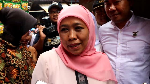 Cagub Jatim Kofifah Blusukan Ke Pasar Tradisional Borong Dagangan Warga