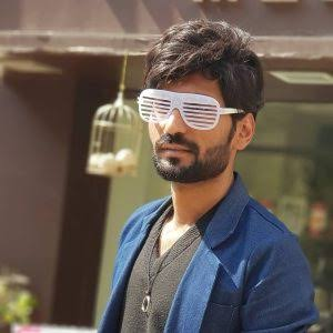 Technical dost (Hitesh Kumar) girlfriend, family, profession, career, biography and much more