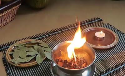 Manfaat membakar daun salam di rumah
