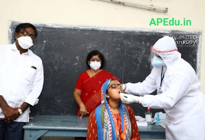 Distribute sanitary napkins to students