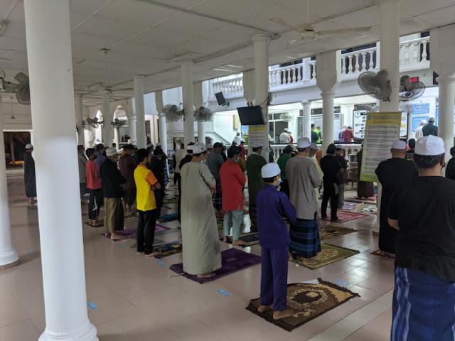 PKP 2.0: Pahang Membenarkan Solat Jumaat Dan Solat Fardhu Di Masjid Dan Surau