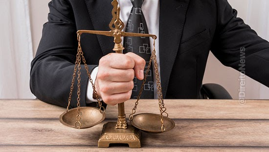 exercicio defesa plenario tribunal juri jurado