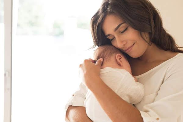 El rol de la Madre es dar vida