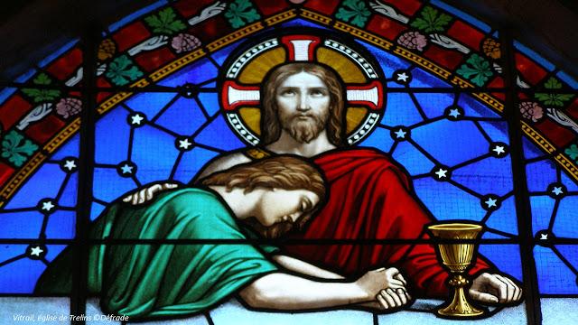 vitrail, le dernier repas, église de Trelins ©defrade