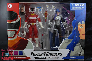 Power Rangers Lightning Collection In Space Red Ranger vs Astronema Box 01