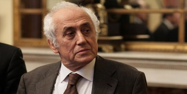 Υπηρεσιακός υπουργός Εσωτερικών ορκίζεται ο Αντώνης Ρουπακιώτης