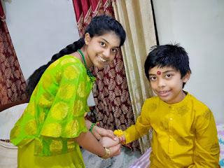 कोरोना काल में भी कम नहीं हुआ बहन भाई का प्यार    #NayaSaveraNetwork