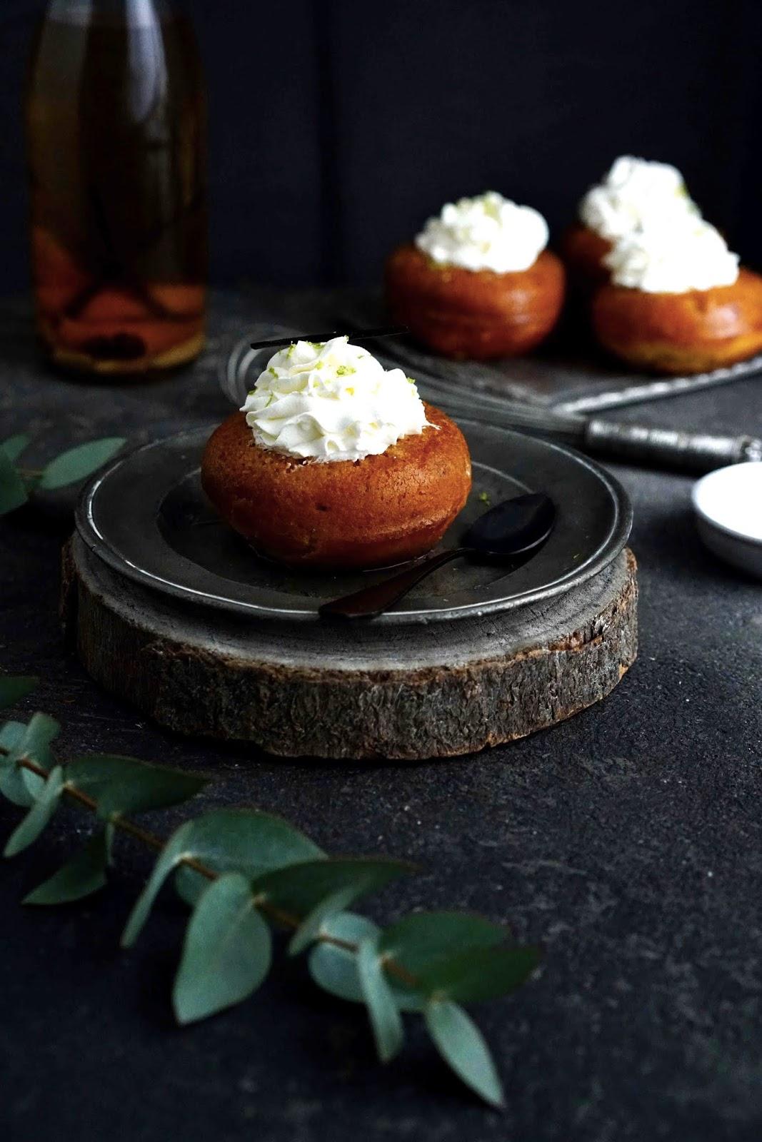 cuisine traditionnelle , vanille , rhum , pâtisserie française
