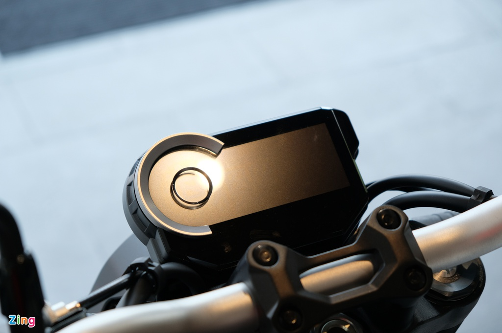 Chi tiết Honda CB1000R 2020 giá 468 triệu tại VN