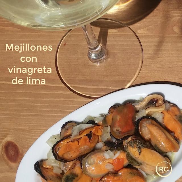 MEJILLONES-CON-VINAGRETA-DE-LIMA-BY-RECURSOS-CULINARIOS