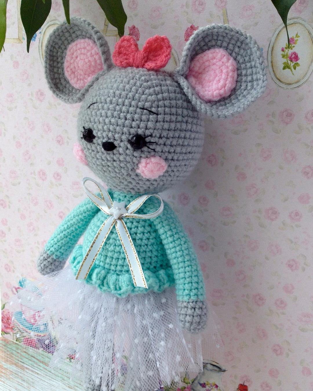 Crochet mouse amigurumi pattern