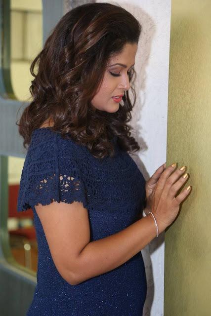 Shilpa Chakravarthy Stills At Mister Pre Release Function