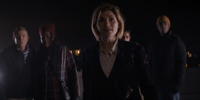 Doctor Who 11x01 - The Woman That Fell to Earth