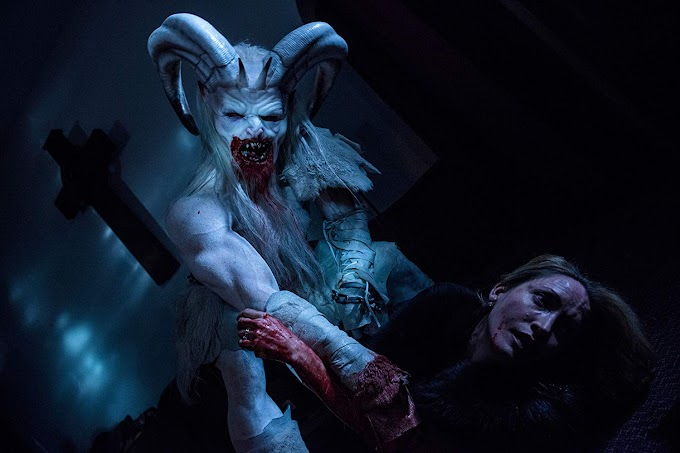 MicroReview: A Christmas Horror Story (2015)
