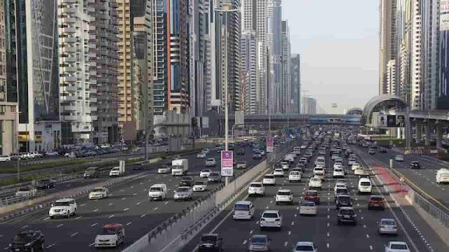 طريق الشيخ زايد في دبي