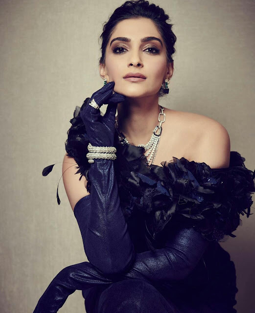 Sonam kapoor so beautiful 2017