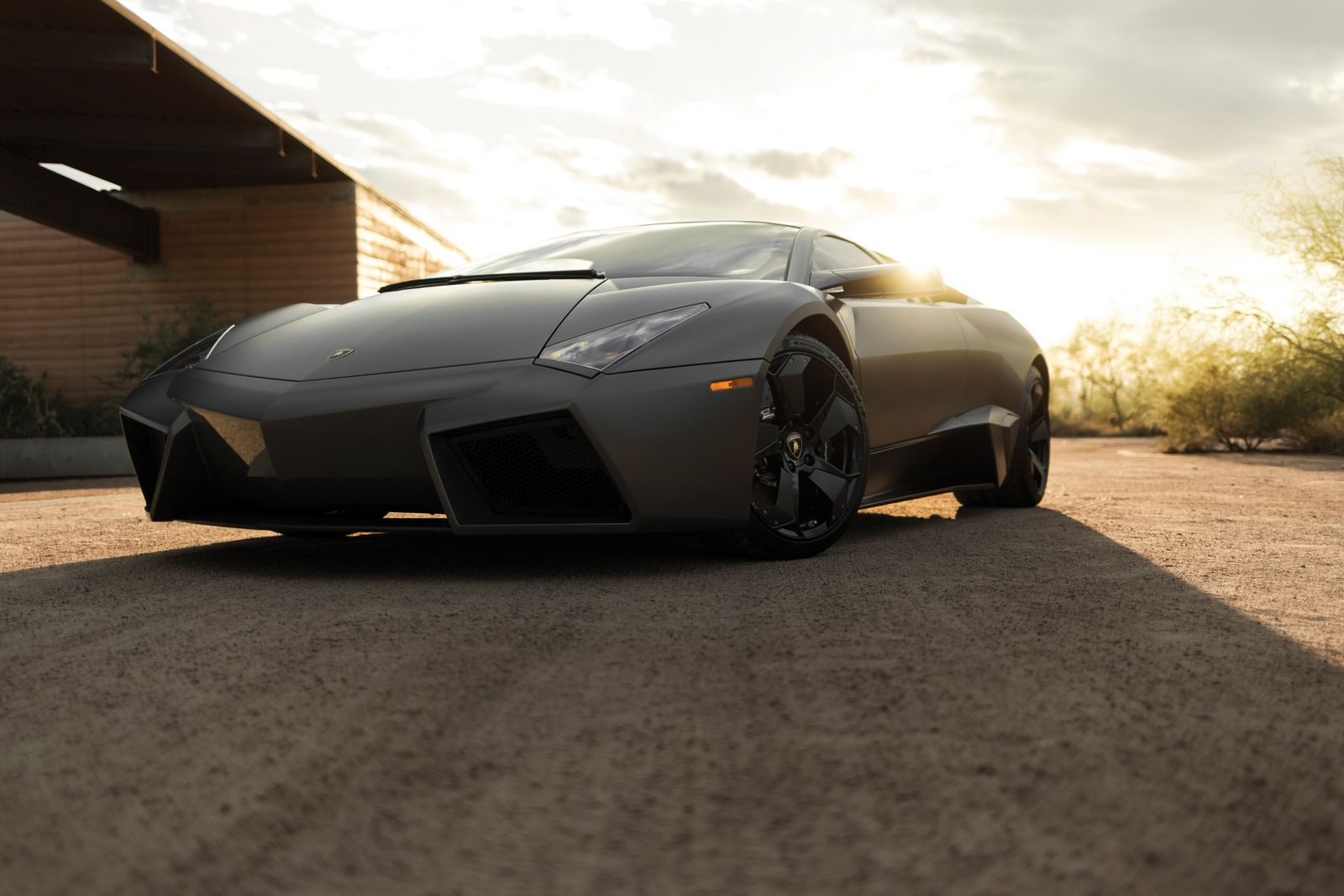 auction bound lamborghini reventon could fetch 1 4 million. Black Bedroom Furniture Sets. Home Design Ideas