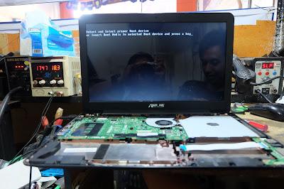 Service Laptop Asus x555d mati total