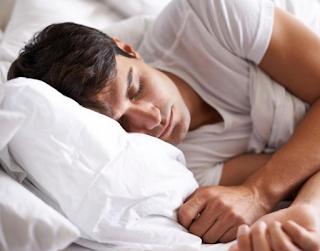 Hukum Mimpi Basah Saat Berpuasa, Apakah Membatalkan Puasa?
