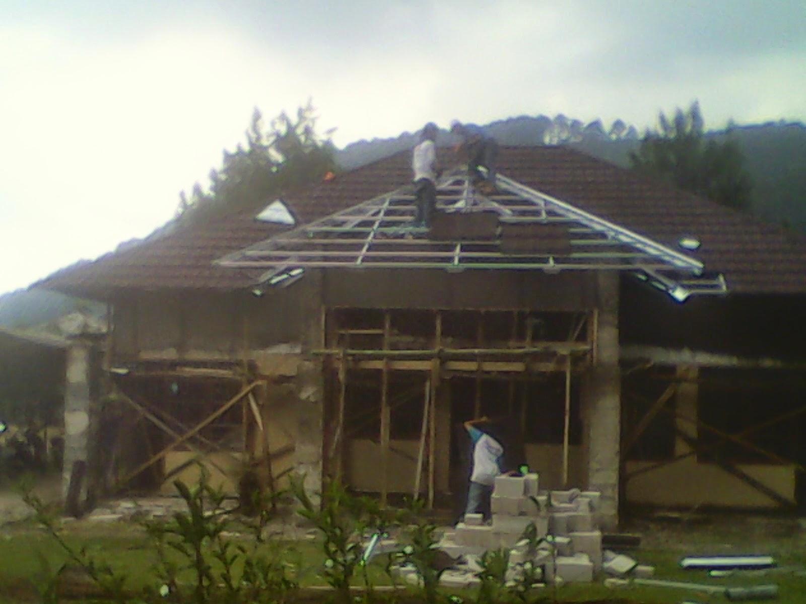 Atap Baja Ringan Karawang Abadi Jaya Steel Harga Pasang Rangka Dan Genteng