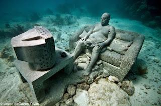 Esculturas Submarinas , inercia