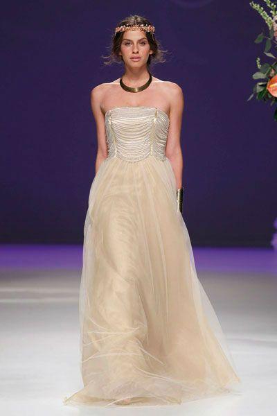 Hermosos vestidos de novias | Colección Carla Ruiz
