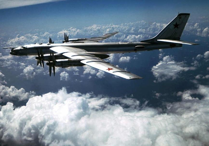 Россия активизировала свою авиацию вблизи границы с Украиной