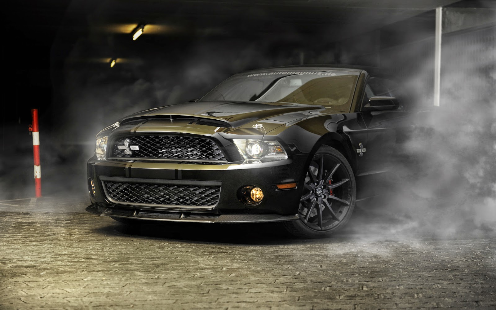 Mac OS X Wallpapers: Shelby Gt500 Wallpaper